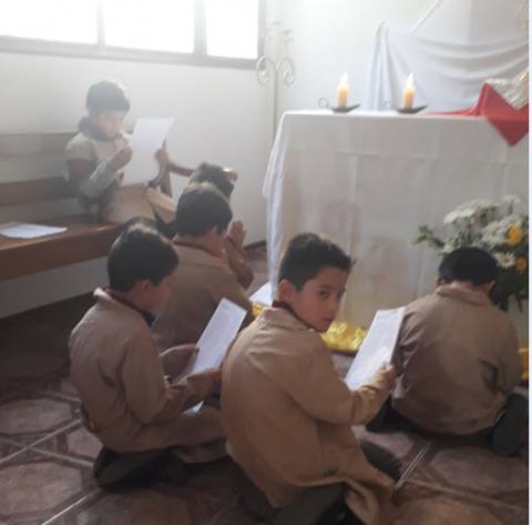 2019 Adoración al Santísimo